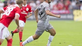 Raphael Nuzzolo (am Ball) wies Xamax mit einem Penaltytor den Weg zum Sieg
