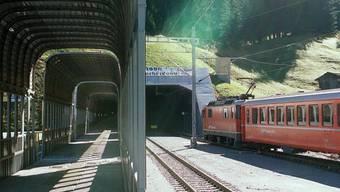 Der Vereinatunnel, der das Prättigau mit dem Unterengadin verbindet, ist auch 20 Jahre nach der Eröffnung eine Erfolgsgeschichte. Das Bild zeigt das Nordportal Selfranga bei Klosters.