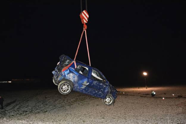 Schwerer Selbstunfall in Tecknau: Die Staatsanwaltschaft Basel-Landschaft verfügte bei beiden Unfallbeteiligten die Abnahme einer Blut- und Urinprobe.