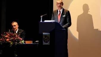 André Bächinger, Vorsitzender der Bankleitung (links) und Franz Hagenbuch, Präsident des Verwaltungsrats.