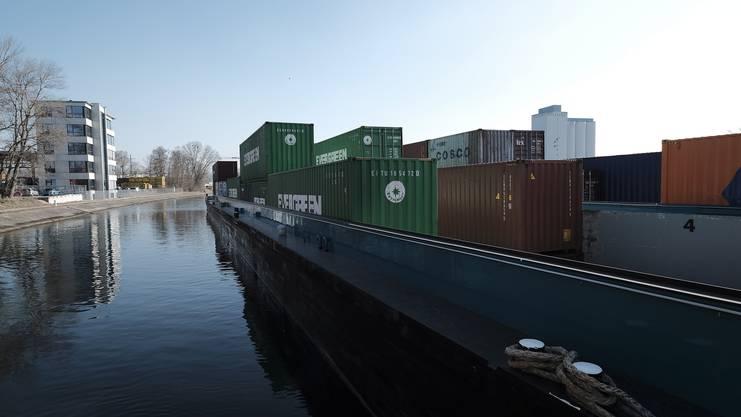 Schweizer Firmen möchten im Weiler Hafen bauen.