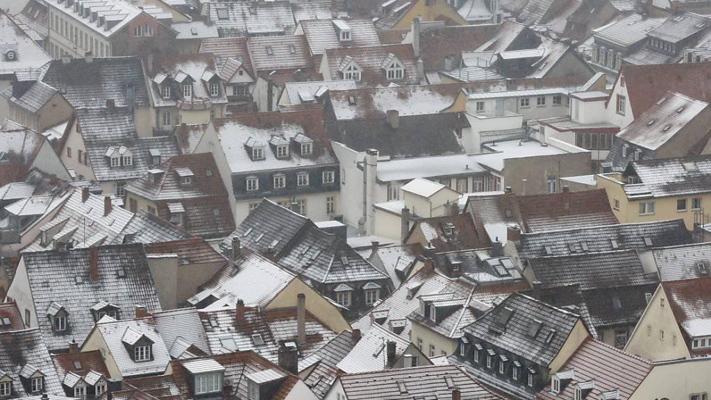 Einen Hauch von Winter gab es nicht nur in Hamburg (Bild), sondern in der Deutschschweiz.