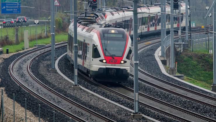 """An drei kleineren Bahnhöfen auf der Strecke Cadenazzo - Luino im Tessin führt die SBB derzeit schweizweit erstmals einen Test mit """"Halt auf Verlangen"""" durch. (Archivbild)"""