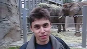 Historisch: Screenshot des allerersten YouTube-Videos. 15 Jahre ist es her, dass YouTube-Mitbegründer  Jawed Karim im Zoo von San Diego das erste YouTube-Filmchen aufgenommen hat.