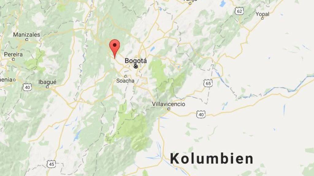 Unweit der Hauptstadt Bogota stürzt ein Flieger der kolumbianischen Armee ab - acht Menschen sterben. (Bild googlemaps)