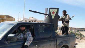 Machen auch vor Zivilisten nicht halt: IS-Kämpfer (Archiv)