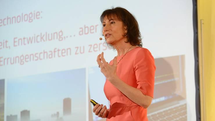 Die Schweiz sei für die kommenden Jahre nicht für eine Strommangellage gerüstet, sagt BKW-Chefin Suzanne Thoma.