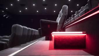 Eine Anpassung an die deutsche Kinokultur wäre ein Armutszeugnis für ein Land mit vier Sprachregionen.