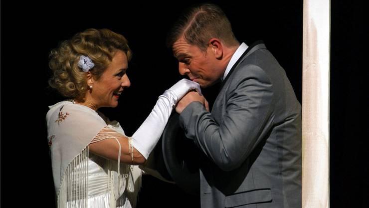 Jay Gatsby und seine grosse Liebe Daisy Buchanan.