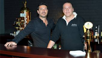 Neue Bar in der Markthalle: «Hinz und Kunz». Links «Kunz» alias Pascal Kunz , rechts «Hinz» alias Daniel Mumenthaler.