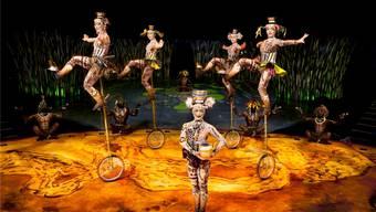 Behalten die Einradartistinnen die Balance? Fast. Nur eine Schale fiel. Das Publikum reagierte mit erleichtertem Applaus an der Premiere der «Totem»-Show im Cirque du Soleil in Zürich.  OSA Images