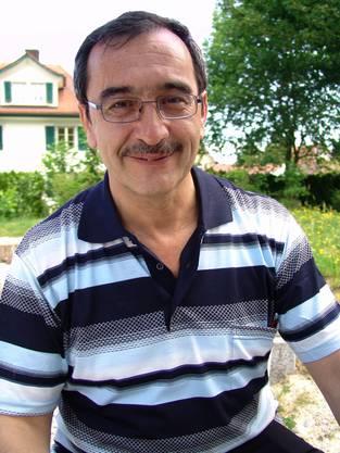 Cengiz Yükseldi, Präsident der Dietiker islamischen Gemeinschaft, gründete den Basar vor drei Jahren