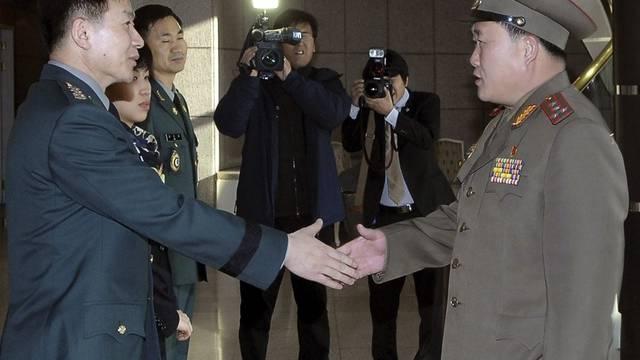 Vorsichtige Annähnerung in Korea