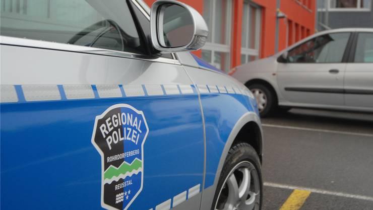 Ein Polizist bemerkte den Franzosen um das Nachbarhaus schleichen und alarmierte seine Kollegen. (Symbolbild)