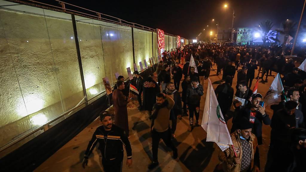 Massenprotest ein Jahr nach US-Angriff auf Irans Top-General