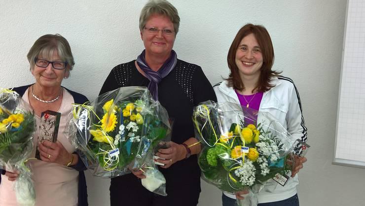 Die neuen Ehrenmitglieder von links: Vreni Epple, Vreni Mosimann und Angela Ochsenbein.
