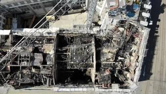 Aufnahmen zeigen gewaltigen Schaden am beschädigten Gebäude beim Bahnhofplatz Zürich.