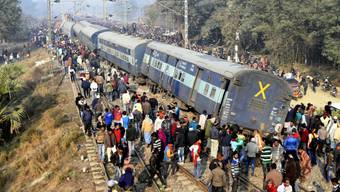 Bei einem Zugunglück im östlichen indischen Bundesstaat Bihar sind mindestens sechs Menschen ums Leben gekommen. 24 weitere Menschen wurden verletzt.