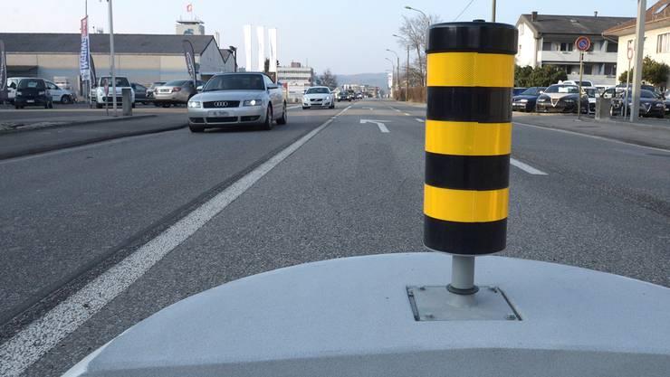 Mit Ummarkierungen und der Temporeduktion auf 50 wurde die Rheinstrasse beruhigt.