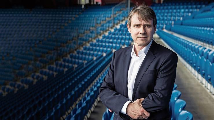 FCB-Präsident Bernhard Burgener ist das Gesicht der Finanz- und Kommunikationskrise beim FC Basel. Den Hut will er erst nehmen, wenn er an der GV abgewählt werden sollte.
