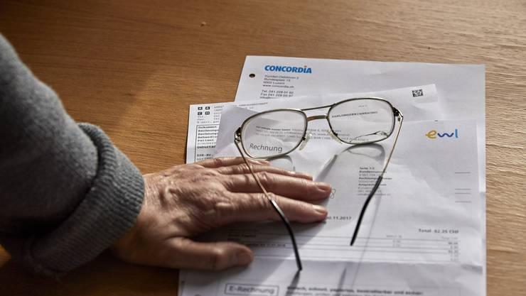 Was tun, wenn einem die Schulden über den Kopf wachsen? Schuldenberatungen können helfen, Ordnung ins Chaos zu bringen.