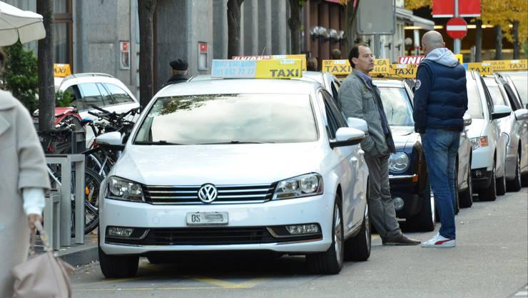 Taxis in der Silvesternacht - Mangelware. (Symbolbild)