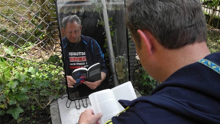 Thomas Pfann will dem Leser mit seiner Geschichte einen Spiegel vorhalten.