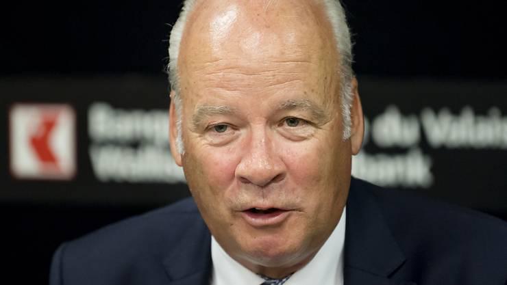 Die Walliser Kantonalbank hat gegen ihren früheren Verwaltungsrats-Präsidenten Jean-Daniel Papilloud eine Zivilhaftungsklage eingereicht. (KEYSTONE/Jean-Christophe Bott)