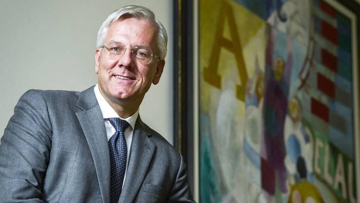Christoph Franz, hier am Hauptsitz von Roche, sagt über seine Vorbildfunktion: «Mitarbeitende beobachten aufmerksam, wie Vorgesetzte auftreten.»