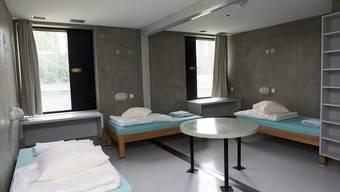 Eine Zelle des Genfer Gefängnisses Champ-Dollon (Symbolbild)