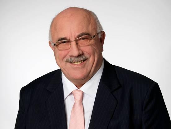 Erich Burri (SVP), bisher, 2230 Stimmen