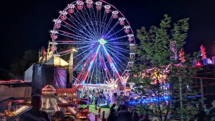 Der Lunapark bei Nacht.