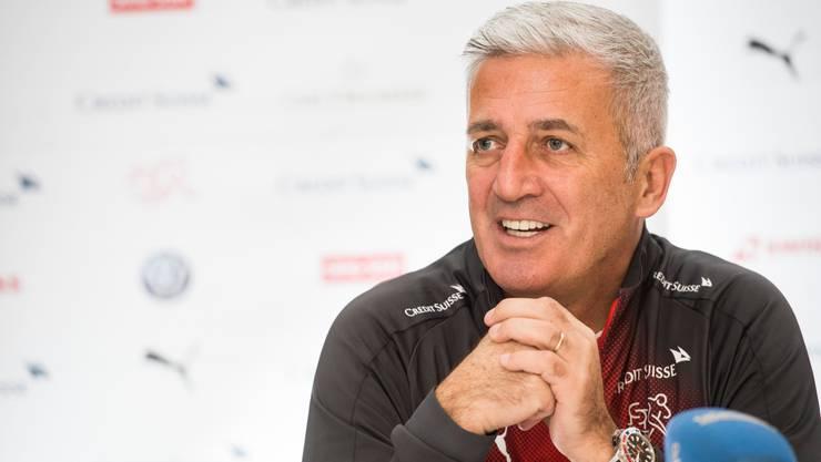 Vladimir Petkovic bleibt Trainer der Schweizer Fussball-Nationalmannschaft.
