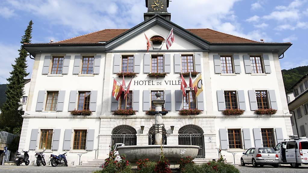 Das Rathaus der Stadt Moutier BE, die im Zentrum der Jurafrage steht.