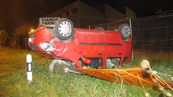 Der Opel-Fahrer landete nach der Auffahr-Kollision im September 2011 in Brunegg auf dem Dach.