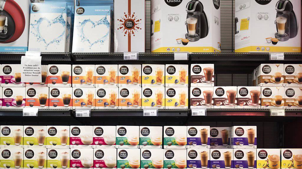 Bisher hatte sich Nestlé vor allem gegen Nachahmerprodukten von Nespresso-Kapseln gewehrt. Nun verteidigt der Konzern auch das «Dolce Gusto»-System.
