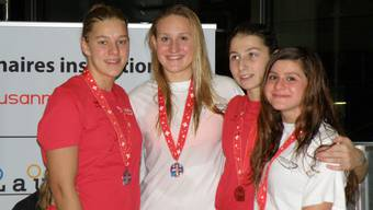 Damen Staffel bei der Siegerehrung.