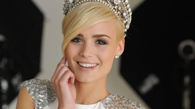 Stolze Gotte: Miss Schweiz Dominique Rinderknecht (Archiv)