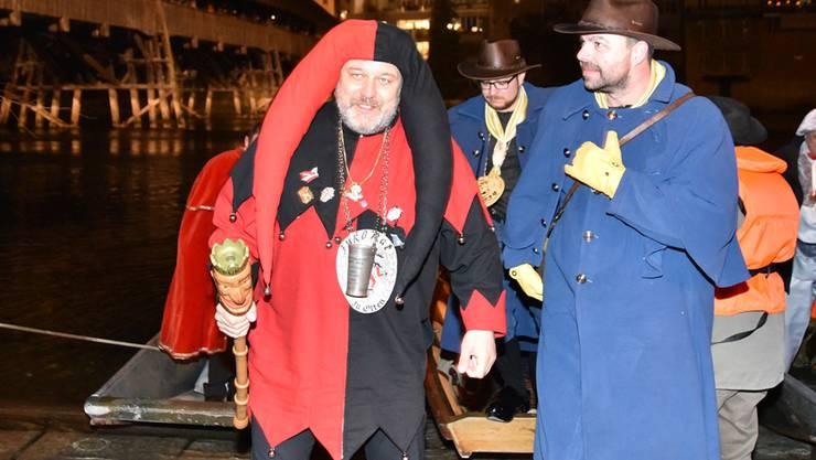 Obernaar Role dr Nachtwächter landet beim Schwanenmätteli.