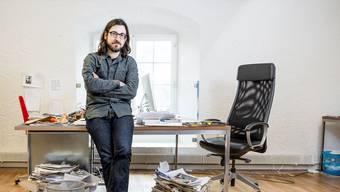Matthias Daum im Büro der «Zeit» in Baden: «Die meisten Schweizer wohnen in der Agglo. Die Realität dieser Menschen wollen wir abbilden.»