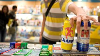 Umstritten: Soll es ein zeitliches Verkaufsverbot für Alkohol geben?Key