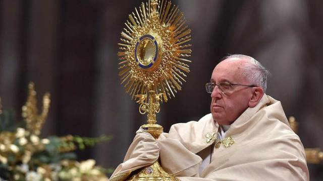 Papst Franziskus bei der Vesper