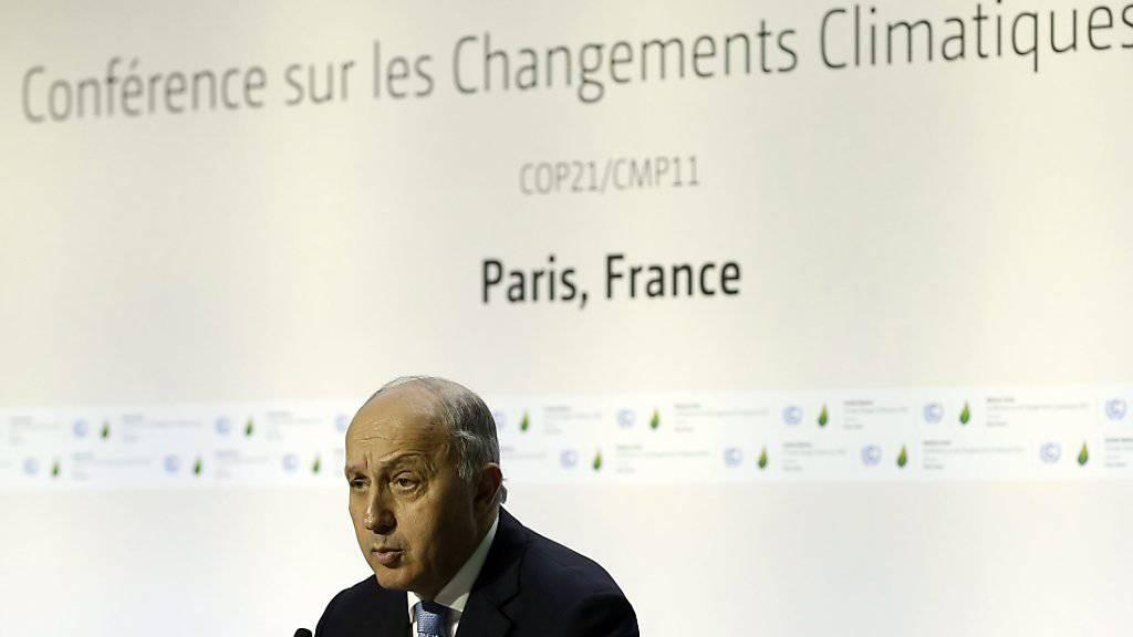 Frankreichs Aussenminister Laurent Fabius mahnt als Konferenz-Präsident zu rascher und erfolgreicher Arbeit