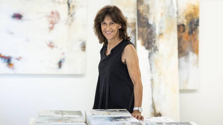Beim Malen verliert Doris Bosshard jegliches Zeitgefühl. «Ich lasse mich beim Malen gerne treiben», sagt sie.