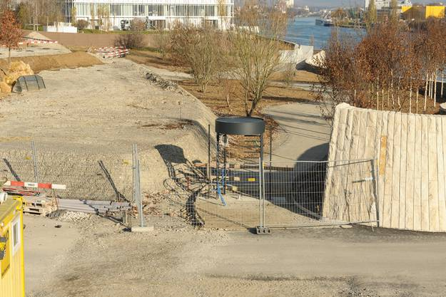 Bald soll der Weg, auf dem man am Rhein entlang bis nach Huningue spazieren kann, eröffnet werden.
