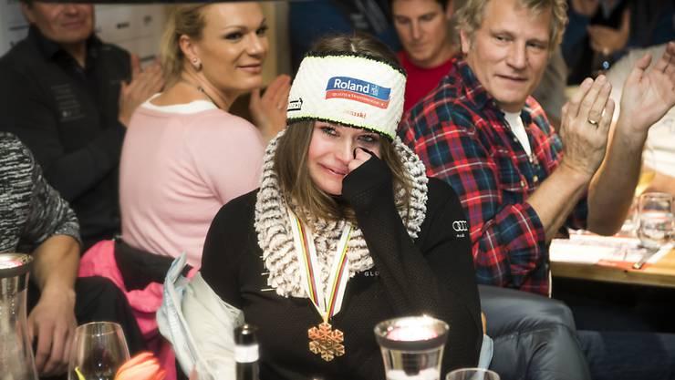 Bronze-Gewinnerin Corinne Suter beim Abendessen im House of Switzerland