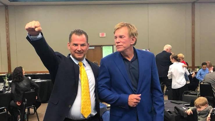 Soll Weber beim Demogesuch helfen: Tobias Steiger, hier mit David Duke, dem ehemaligen Vorsitzenden des amerikanischen Ku Klux Klans.
