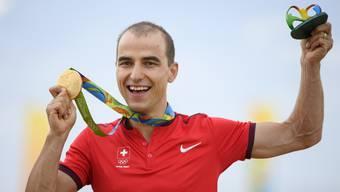 Nino Schurter gewinnt die Goldmedaille an den Olympischen Sommerspielen von Rio de Janeiro