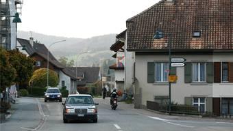 So ruhig wie in dieser Dorfszene geht es derzeit in Thürnen nicht zu und her. (Archiv)