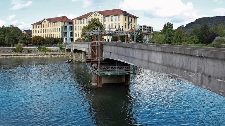 Im vergangenen September wurde die Reussbrücke für zweieinhalb Wochen gesperrt, um Sofortmassnahmen zu treffen.